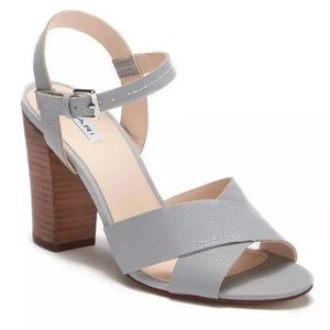 New Tahari crossover heeled sandals leather 8.5M